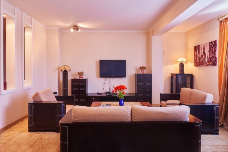 VIP Penthouse 3 room flat next to Kreshatik ID 316, Two Bedroom, Kyiv